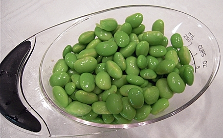 Cooked and shelled edamame