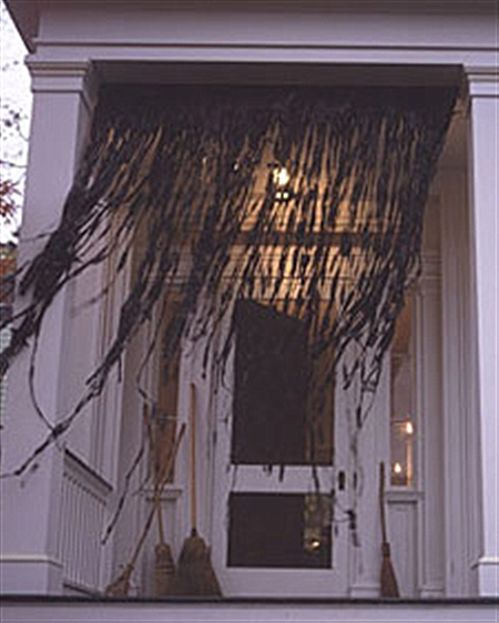 Easy Witch's Curtain