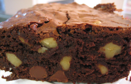 Outrageous Brownie with Chocolate Chips and Walnuts