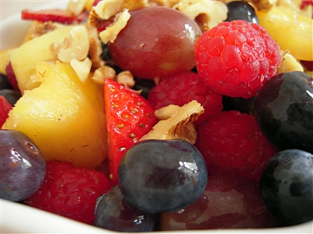 closeup-fruit-salad