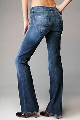 7 for all Mankind Boot Cut in New York Dard
