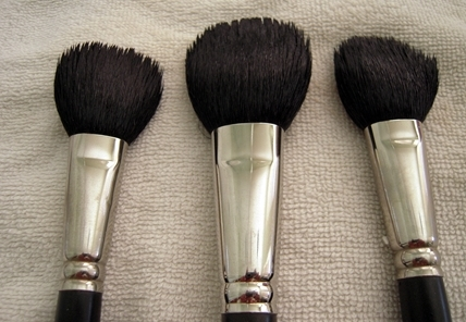 Clean big brushes