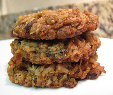 Vegan Oatmeal Coconut Chocolate Chip Cookies