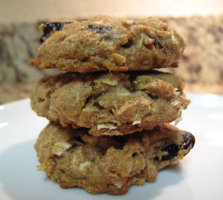 Vegan Oat Cherry Cookie