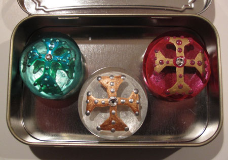 Glass Marble Magnet in Altoid Tin