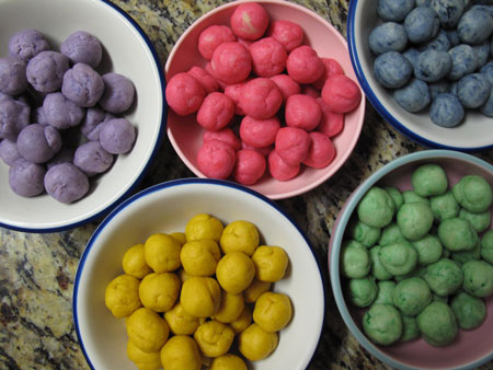 Cookie Suckers Colored Balls