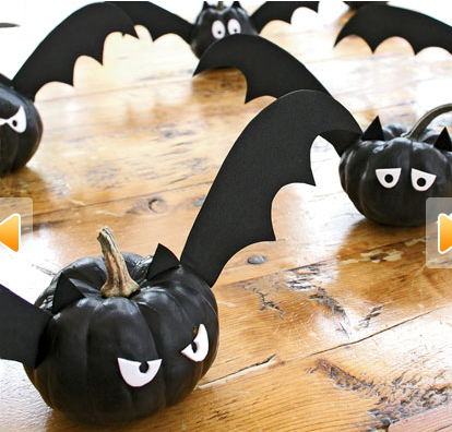 Miniature Winged Pumpkin Bats